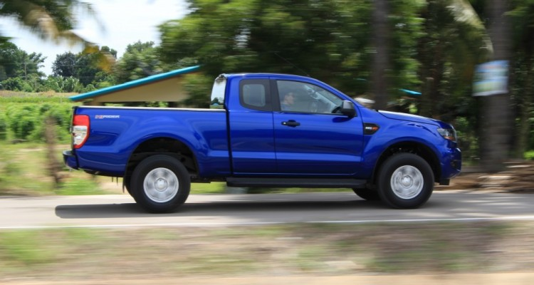 2015 Ford Ranger 2.2l Hi-Rider Mid Power (2)