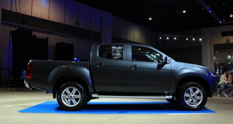 New Isuzu D-max 2015 (56)