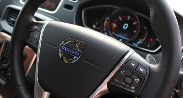 Volvo V40 Cross Country Driveautoblog (28)