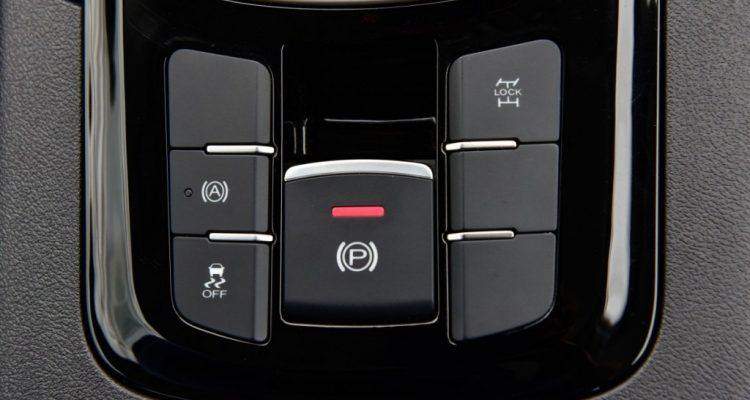 2016 MG GS interior  driveautoblog Testdrive 1