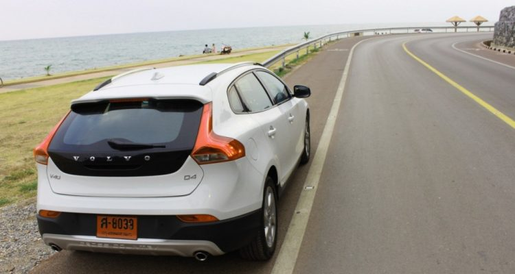 Volvo V40 Cross Country Driveautoblog (54)