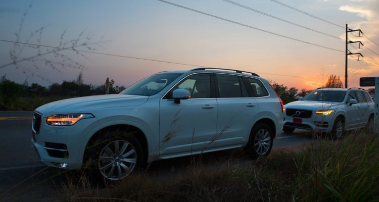 Volvo XC90 5D AWD Momentum review (1)